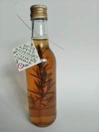 Rosemary-infused Apple Cider Vinegar